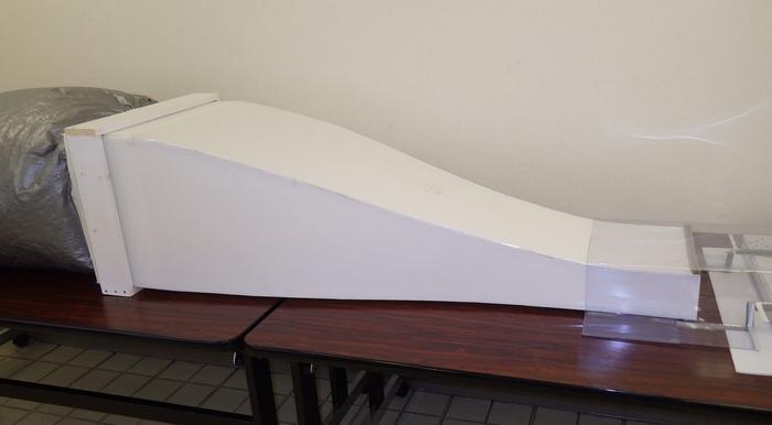 風洞実験装置の縮流胴